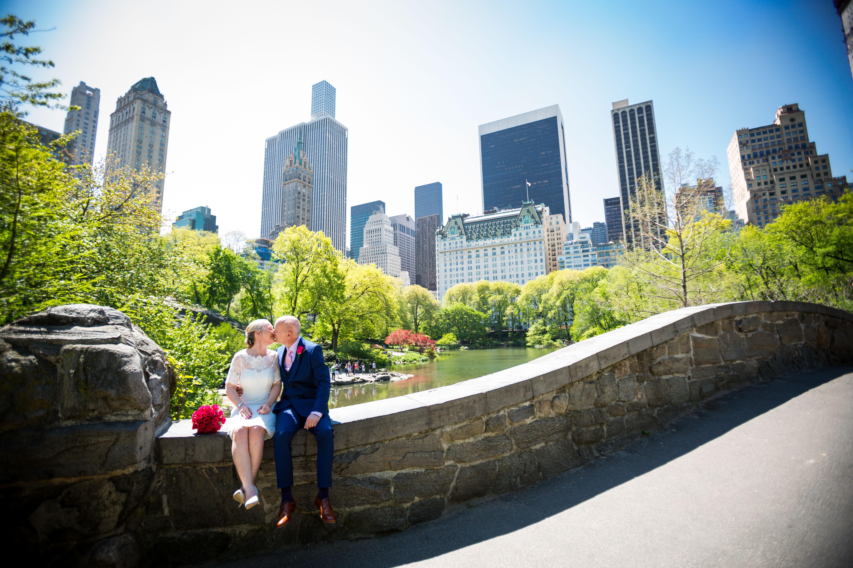 Central Park elopement at the Gapstow Bridge